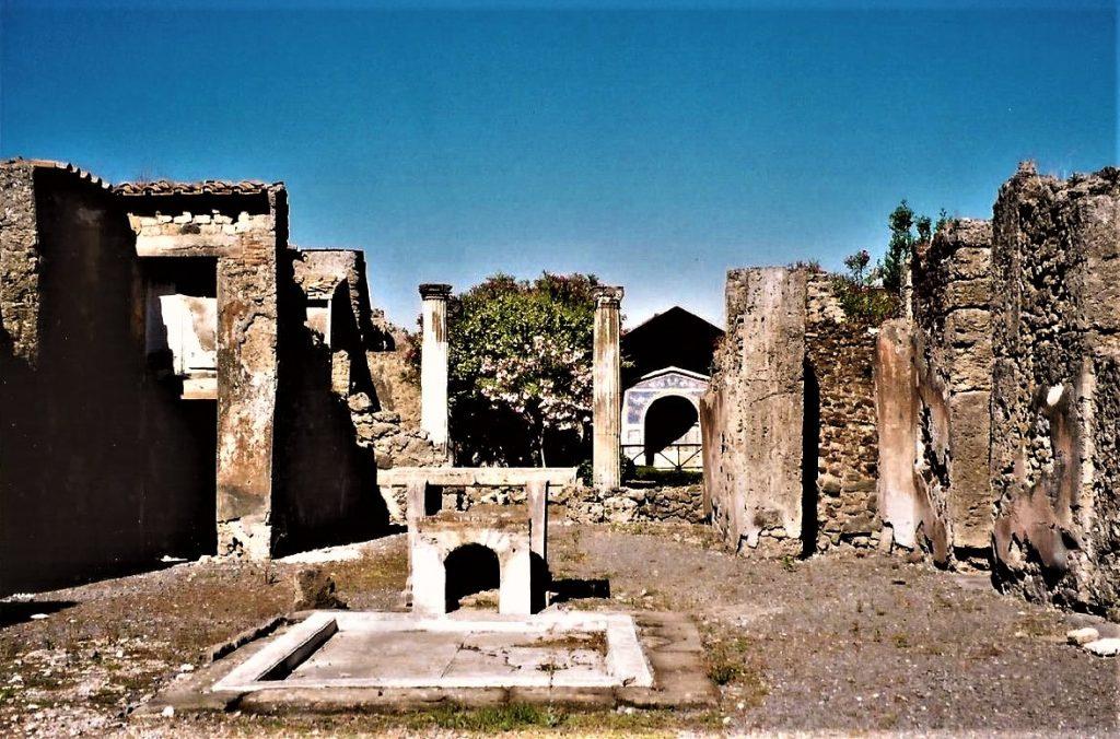 Roman gardens columns, Italy