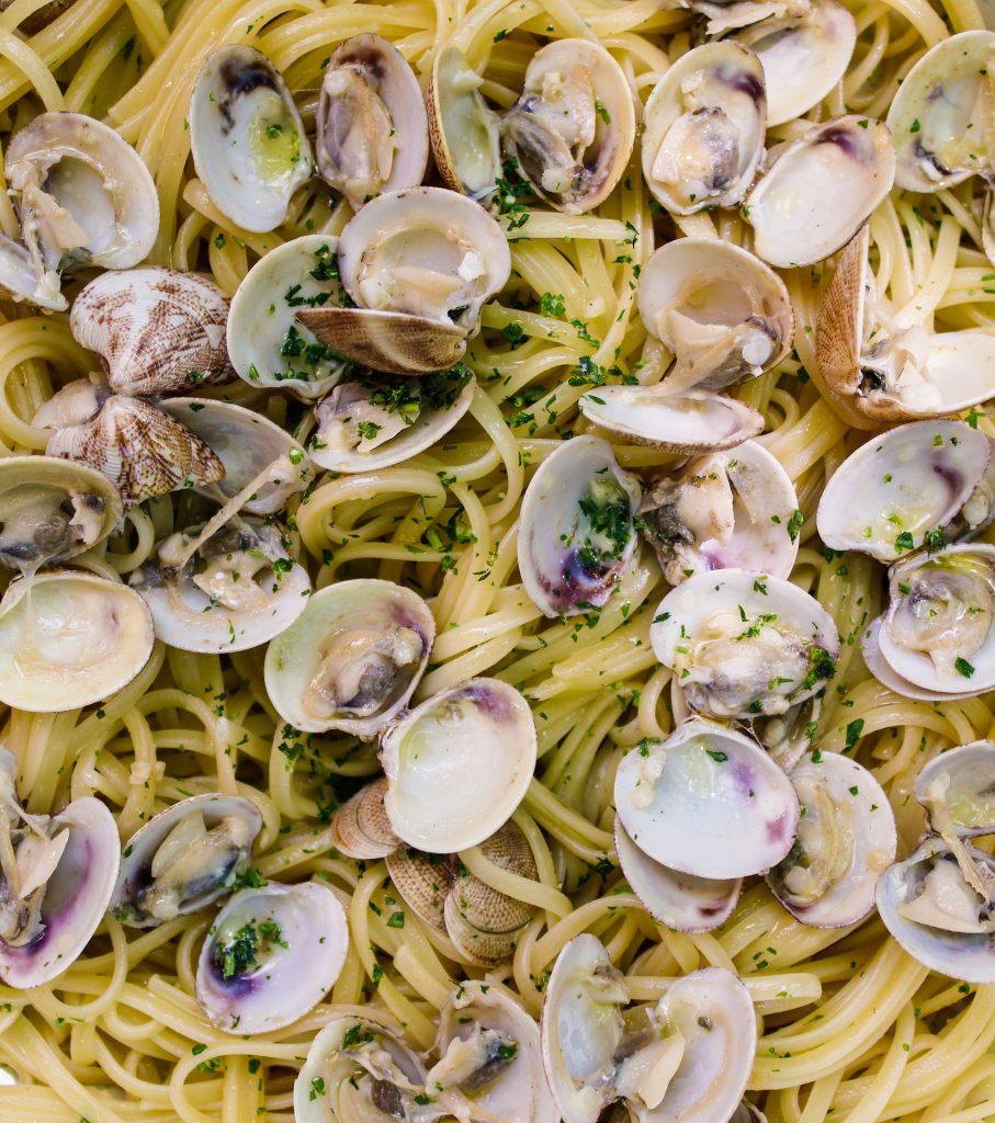 Spaghetti with clams  Italian Pasta Recipe