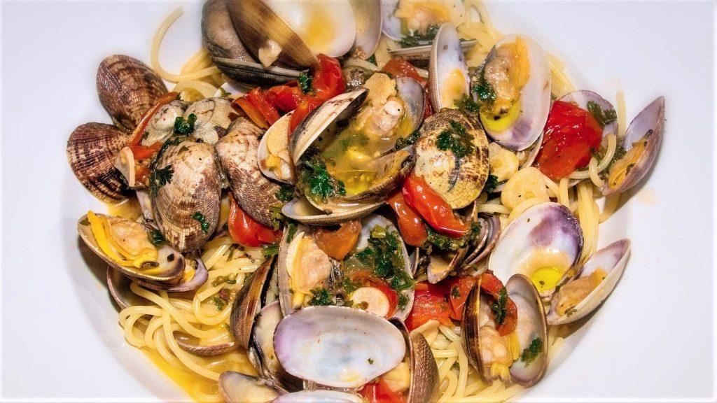 Spaghetti with clams  Italian Pasta