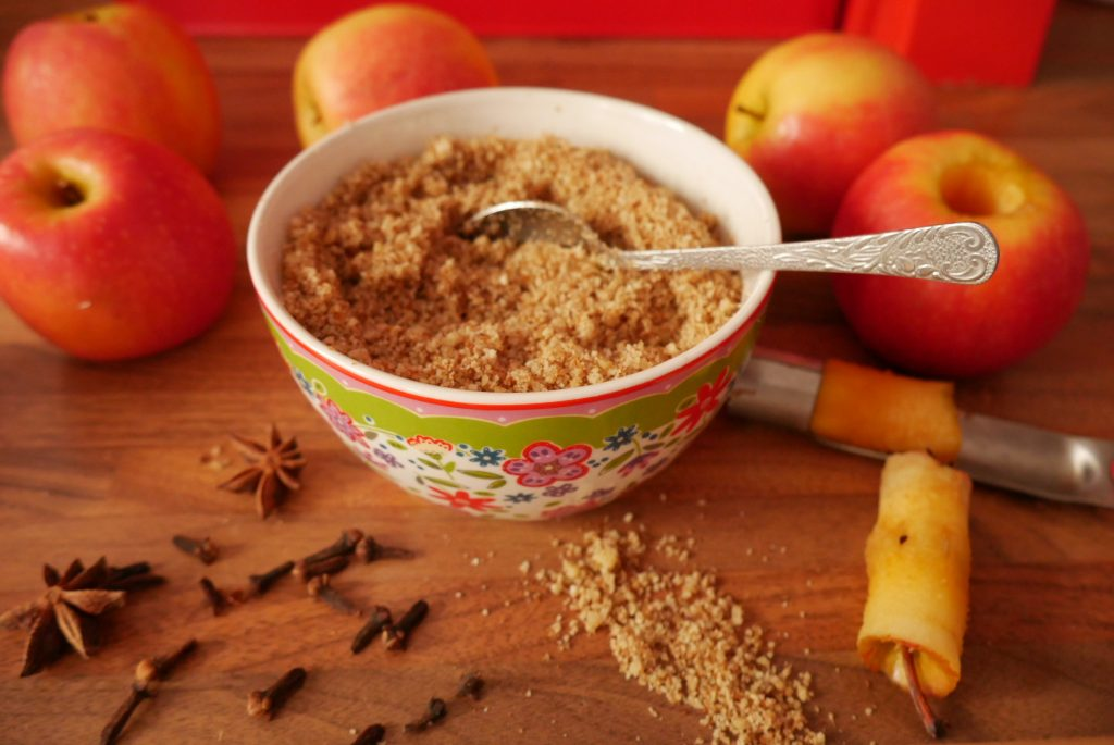 Apples, nuts and mulled wine spices