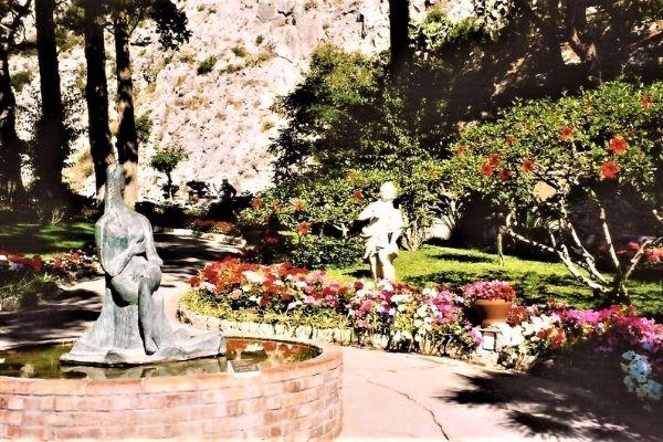 statue gardens