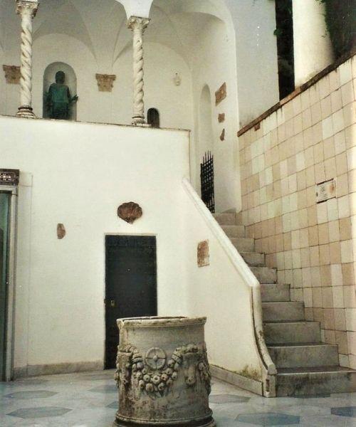 Villa San Michele courtyard Capri