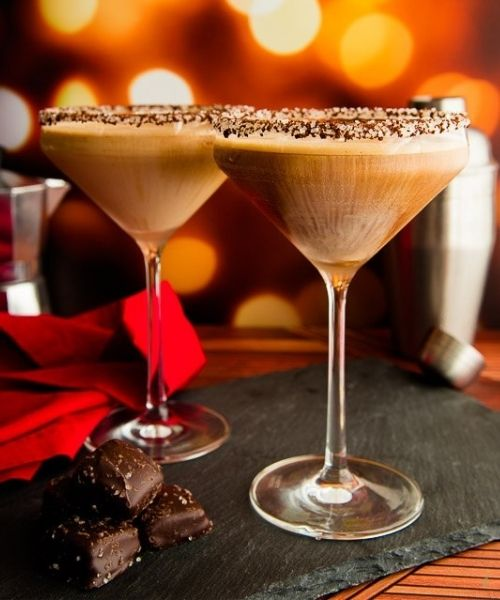 cafe con leche martini glasses  and chocolate
