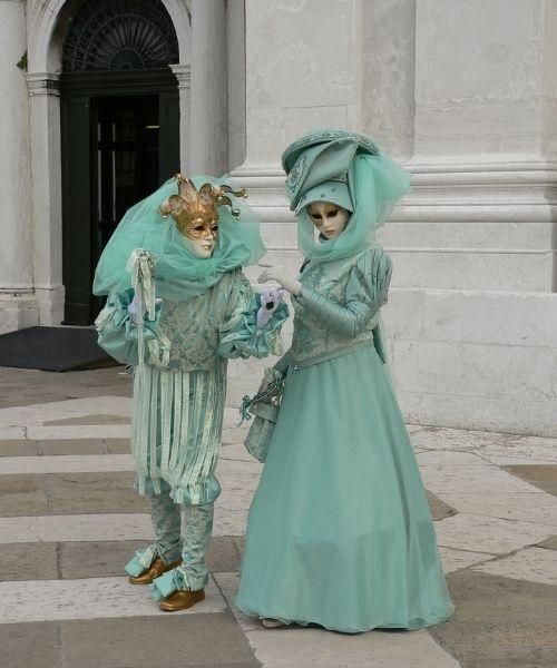 carnival venice masked couple