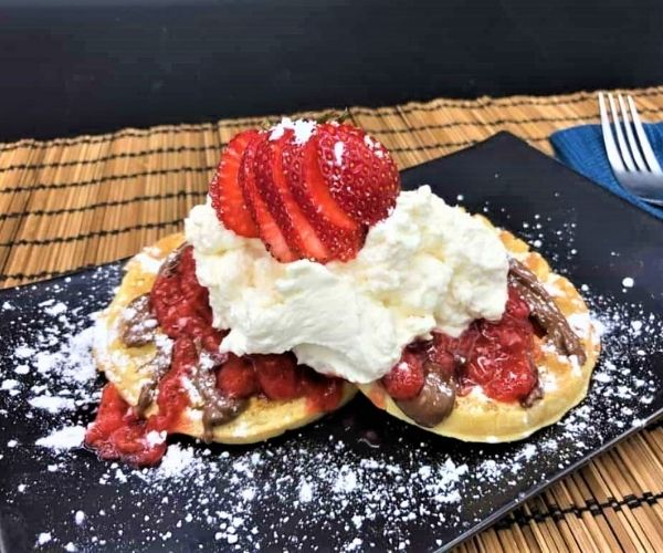 strawberry shortcake waffles with nutella