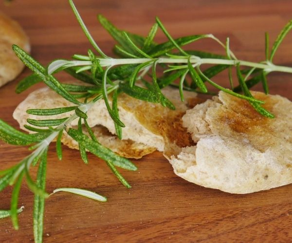 pita bread with rosemary leaves