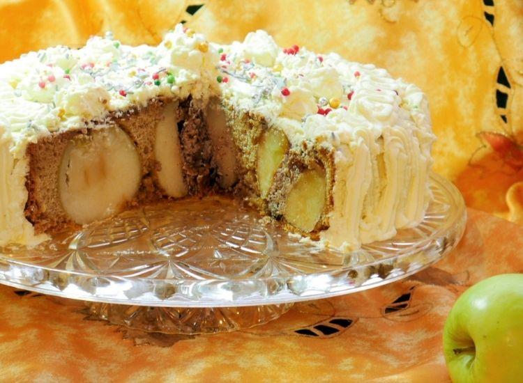 sliced upside-down apple cake